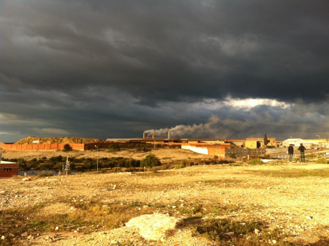 (Français) Kalaa Sghira : Le pollueur porte plainte contre ses victimes !